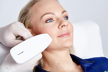 Kollerbeauty Aknenarben entfernen