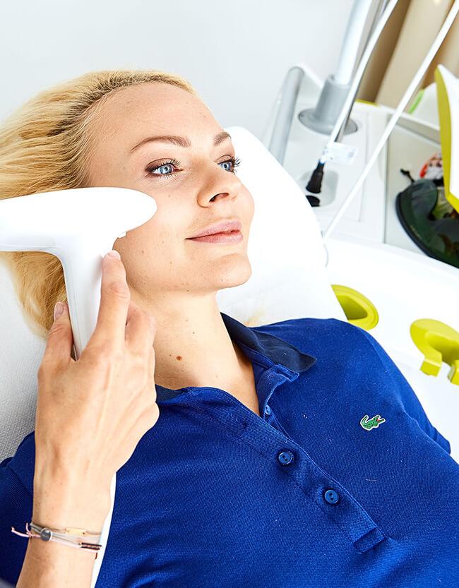 Narben entfernen Laserbehandlung Linz. Narbenentfernen, Narbenkorrektur Linz. Narben Lasern
